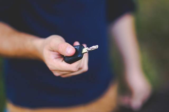 Chcete ušetřit, a přesto jezdit novým autem? Vyzkoušejte operativní leasing