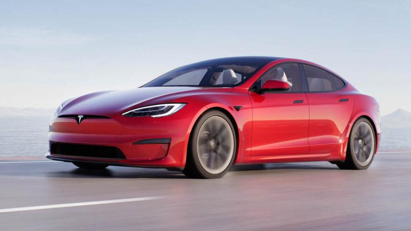 Vývoj akcií automobilky Tesla